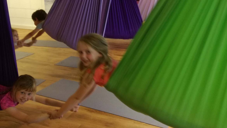 Aerial Yoga voor kinderen